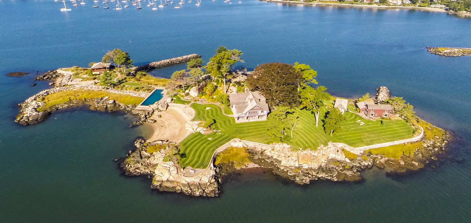 aerial view of a property in an island higginsgroup.com