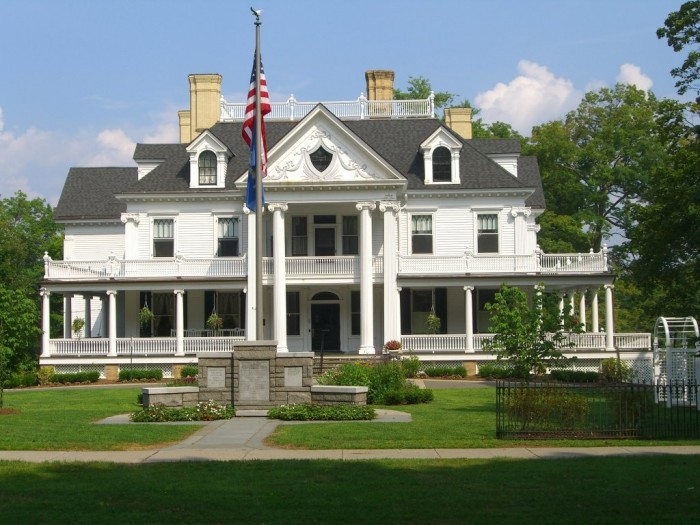 AMERICAN FLAG and MANSION - Ridgefield