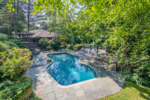 19 Canaan Close Pool