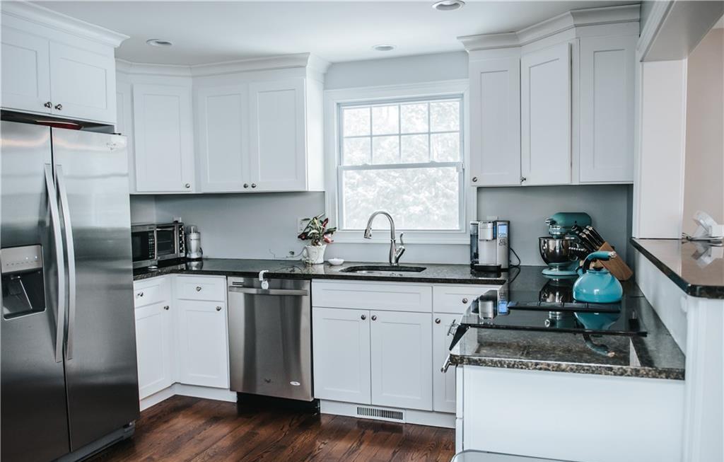 151 Valleyview Road- Kitchen