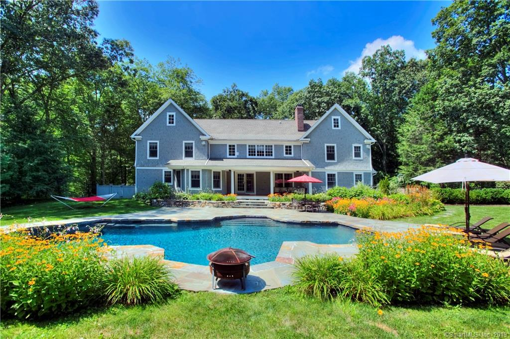 10 AUTUMN RIDGE ROAD WESTON-CT